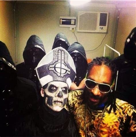 snoop dogg illuminati photos snoop dogg allegedly with illuminati