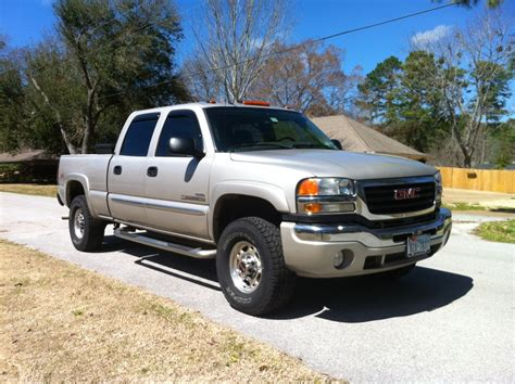 electronic stability control 2006 gmc sierra 2500 spare parts catalogs service manual where to buy car manuals 2006 gmc sierra 1500 instrument cluster service