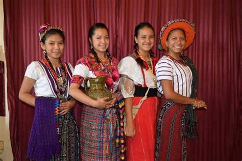 imagenes vestimenta maya mujeres b elejeb b atz d 237 a de la mujer maya maya tecum