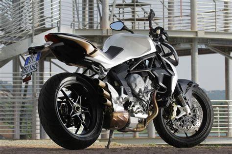 48 Ps Motorrad Wheelie by Motorrad Mv Agusta Brutale 675 Die Jedermann Mv Magazin