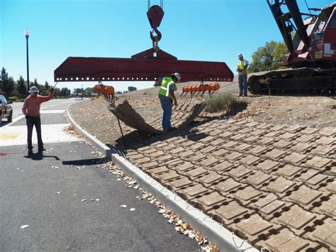 levee seepage project articulated concrete block mats by