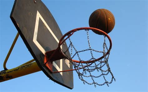 Bola Basketring manfaat bermain basket bagi kesehatan