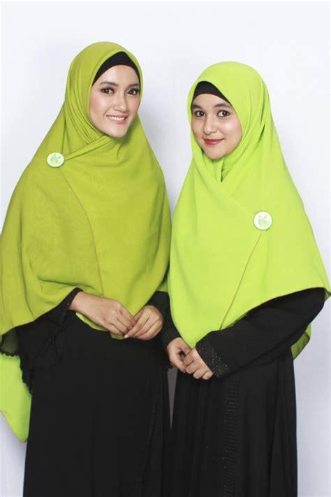 Alsa Gamis Fathia Syari No4 Merah Marun sella khimar bolak balik hijau daun hijau pupus alsa khimar kerudung syar i