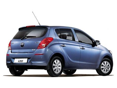 hyundai i20 asta review hyundai i20 asta petrol price specifications review