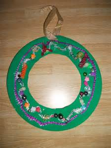 Paper Plate Wreath Crafts - preschool crafts for paper plate wreath