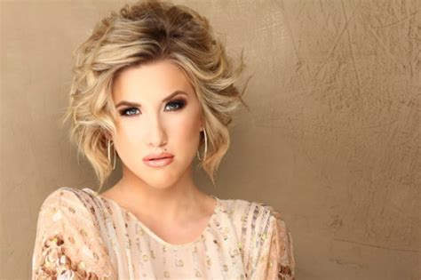 savannah chrisley hairstyles 8 problems every girl with short hair has and how to fix them