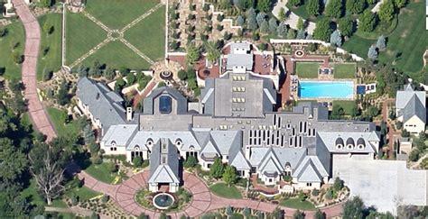 Pat Bowlen House by Manning Is Living In Shanahan S Denver Home Broncotalk