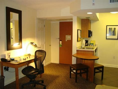hyatt house miami airport cozinha picture of hyatt house miami airport miami tripadvisor