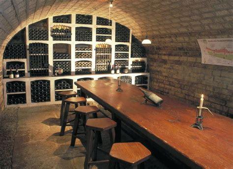 Am Nagement Cave Vin 351 by Amenagement Cave Am Nagement D 39 Une Cave En Appartement
