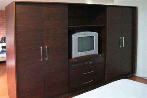 Closet Tv by Carpinter 237 A Muebles Madera Medell 237 N Colombia Guarda