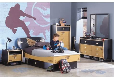 17 best images about boy s bedroom design on graffiti murals cool skateboards and