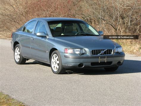 2002 volvo s60 awd sedan 4 door 2 4l