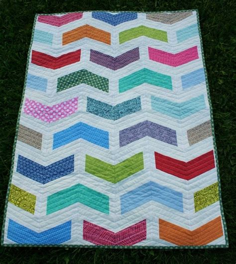 quilt pattern etsy chevron quilt pattern in 2 sizes instant download by