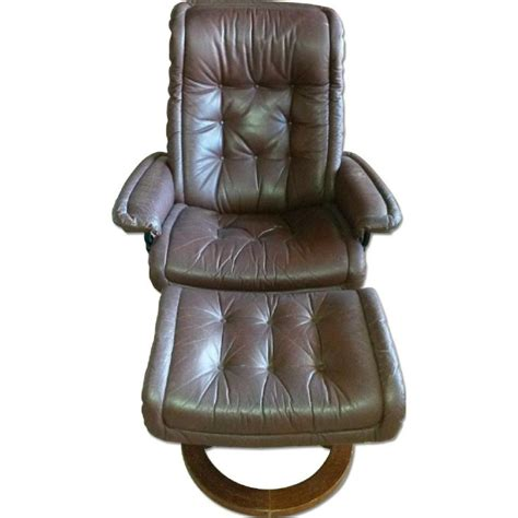 scandinavian leather recliner with ottoman 17 best images about s favorite s day on