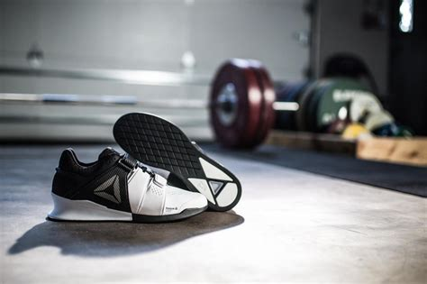 best sneakers for weight lifting 12 best weightlifting shoes for powerful lifting best