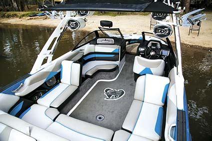 malibu boats interior malibu wakesetter 23lsv review trade boats australia
