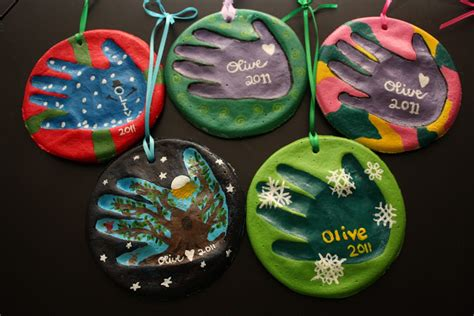 obnoxious christmas ornaments in it to win it 2012 favorites