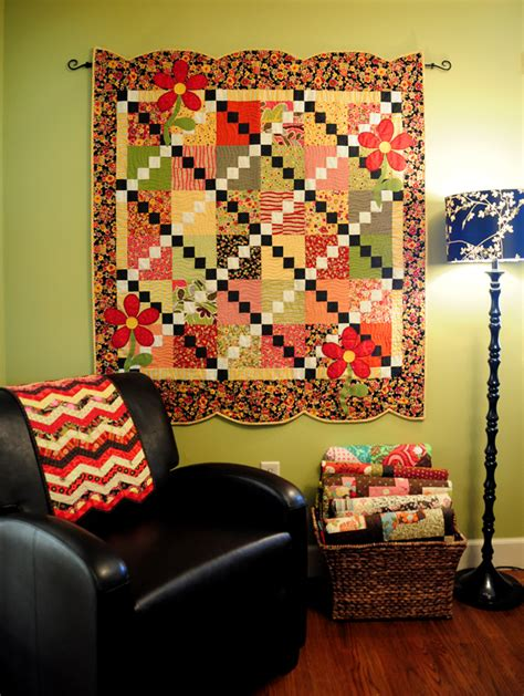 Ways To Hang Quilts by A Tutorial On Binding Scallops Trends And Traditions
