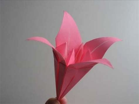 How To Make Lilies Out Of Paper - origami