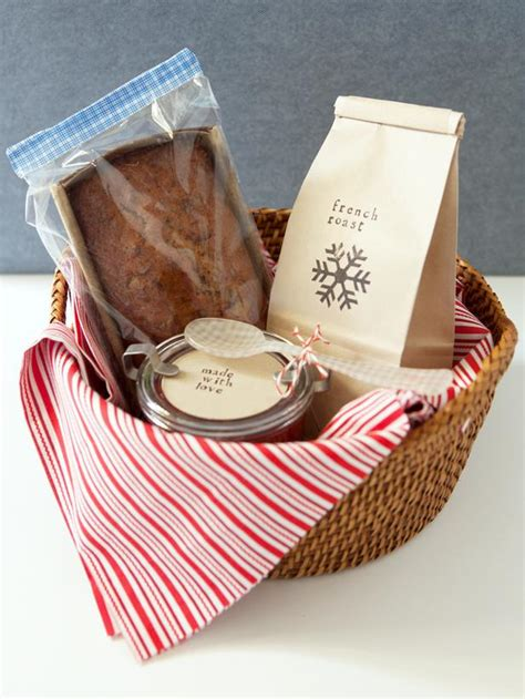 how to make a breakfast gift basket christmas breakfast
