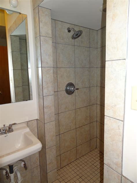 downstairs bathroom check out these uptown locations at 74 n high and 19 mound st 1 2 4 and 5 bedrooms