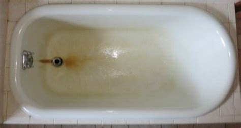 remove rust stain from bathtub help rust stains on my fiberglass bathtub
