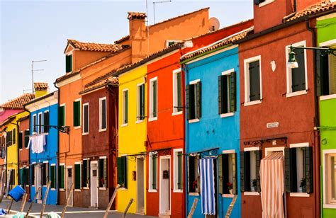 colorful homes colorful houses on