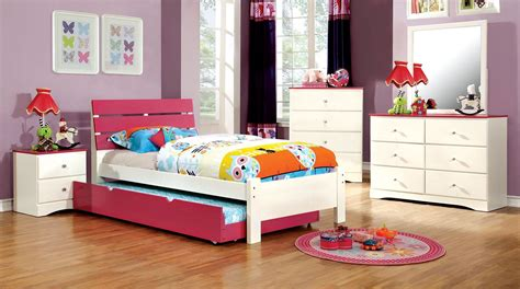 pink and white bedroom set kimmel youth pink and white platform bedroom set from