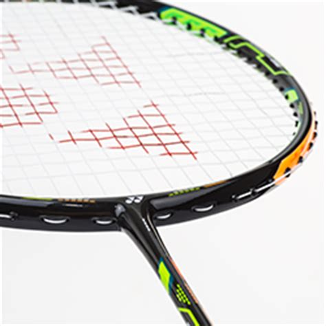 Raket Offensive yonex duora 10 badminton racket review paul stewart