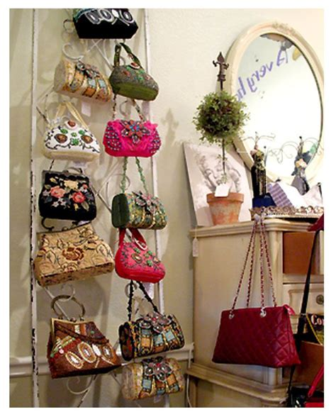 Best Way To Store Purses In Closet by Best 25 Hanging Purses Ideas On Diy Organize Purses In Closet Handbag Storage And
