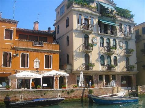 houses in venice italy venice italian allure travel