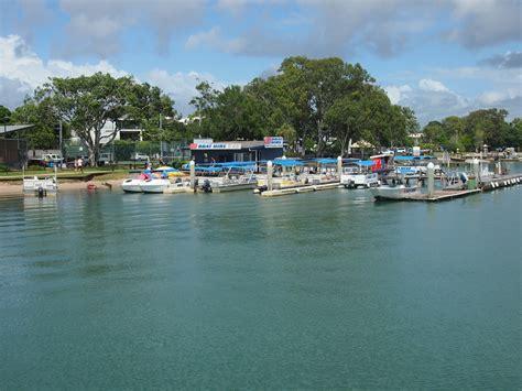 brisbane river fishing boat hire noosa river fishing and crab adventures brisbane