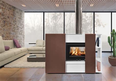 Incroyable Modele De Chambre Design #4: Cheminee-design-centrale-1284901777.jpg