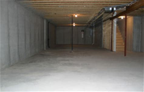 concrete basement floor thickness bay lakes builders development standard features