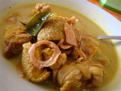 cara membuat opor ayam kuah kuning cara membuat opor ayam kung bumbu kuning lezat