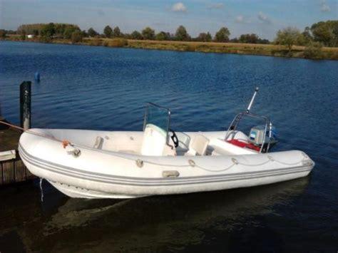 rib 60 pk super mooie rib 520 60pk rubberboot zeer snel wakeboard