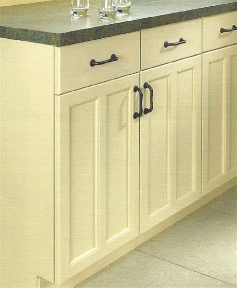 Painting Wood Cabinets by Painting Wood Cabinets Page 1 Ehowdiy