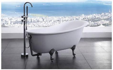 modern clawfoot bathtub bellagio luxury modern bathtub 64 5 quot