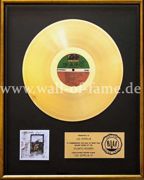 shop rock pop fan sammler wall  fame ralf zurloh