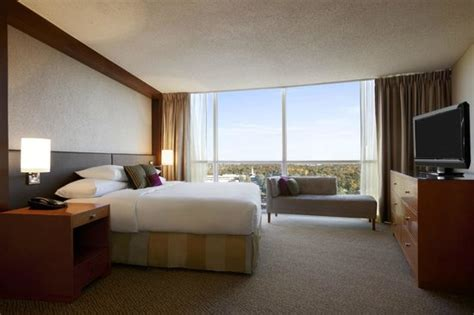 2 Bedroom Hotel Suites In Memphis Tn | presidential suite bedroom picture of hilton memphis
