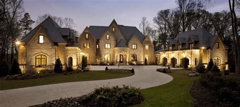 top  reasons    luxury home specialist
