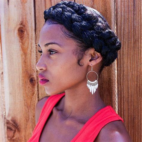 halo crowngoddess braids on natural hair black girl with halo braid beauty love pinterest halo curls and cream