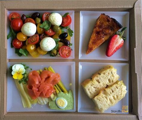 Chicken Tray Tray Lunch Box lunch boxes lunch trays and plateau repas delivered to the office