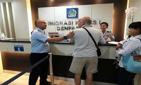 pembuatan paspor online di bali imigrasi denpasar layani pengurus paspor hingga akhir