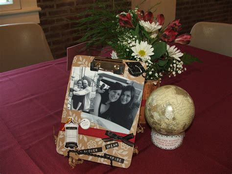 centerpieces using photos graduation centerpieces using flowers and a mini