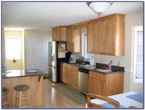 paint color maple cabinets kitchen wall colors with maple cabinets painting