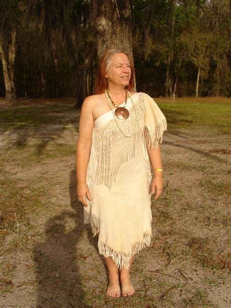 American Cut 2 8g stitching up history eastern wanoag style one shoulder