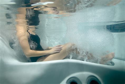 bathtub with jacuzzi jets hydrotherapy jacuzzi style all seasons spas