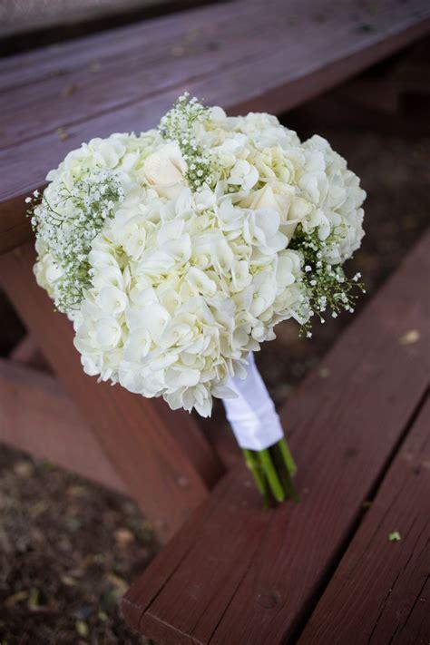 diy white hydrangea  babys breath bouquet hydrangea