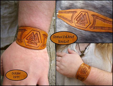 valknut tattoo simple orange valknut bracelet by thescreamingnorth on deviantart